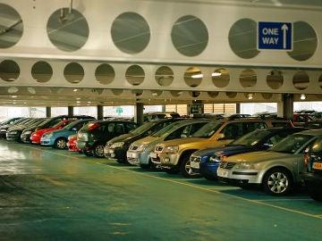 Coches en parking