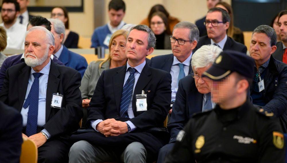 Juan Cotino y Jose Ramón Blanco Balín al comienzo del juicio por la supuesta contratación irregular de una empresa de Gürtel