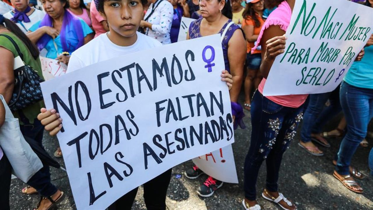 Manifestación del 8M en Acapulco, México