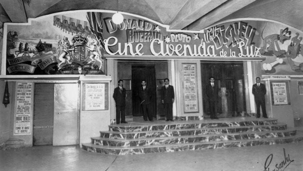 Cine Avenida de la Luz, Barcelona (1943)