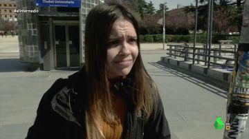 """""""No tengo novio ni creo que me enrolle con nadie así que no me preocupa"""": la reacción de los jóvenes ante las medidas contra el coronavirus"""