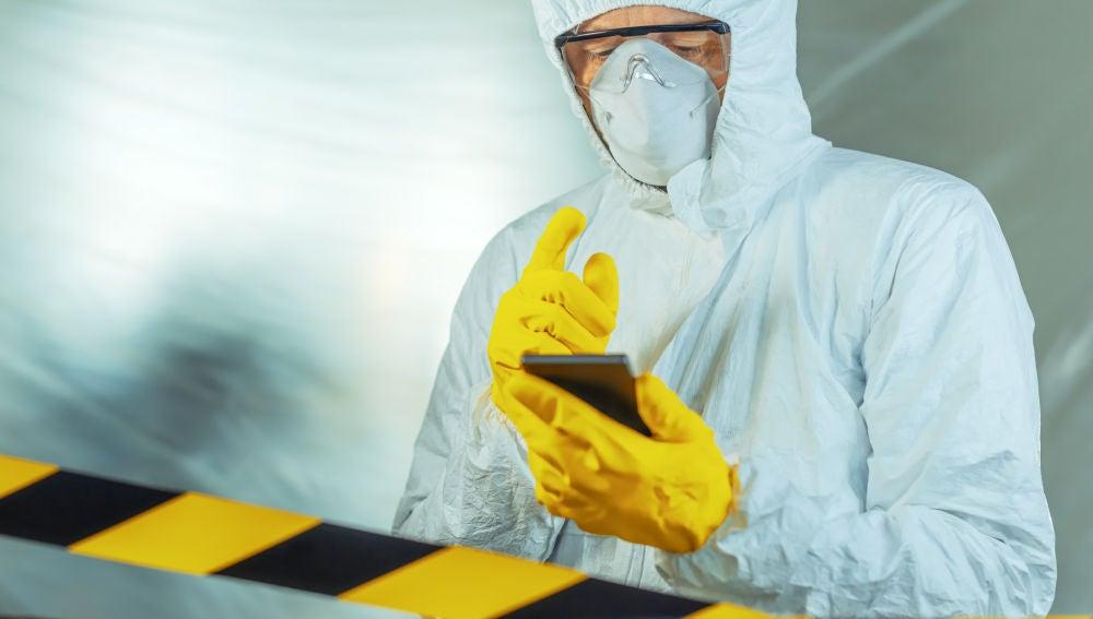 Cómo desinfectar el móvil
