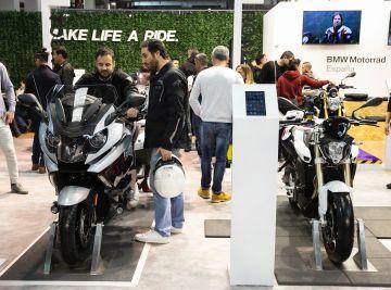 Salón Vive la Moto