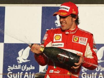 Fernando Alonso, tras ganar en Baréin 2010