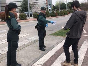 Así actúa la Guardia Civil para asegurar el confinamiento
