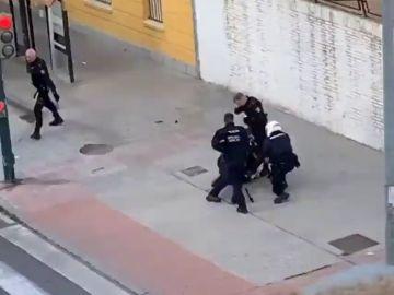Dos personas, un hombre y una mujer, han sido detenidas