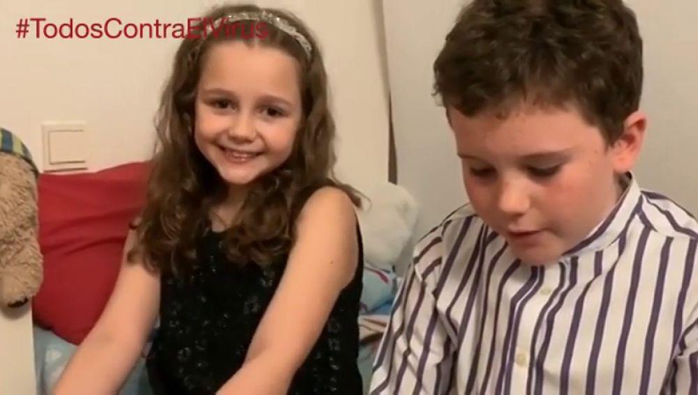 """El emotivo vídeo en el que hijos de profesionales sanitarios animan a sus padres en su lucha contra el coronavirus: """"Sois nuestros héroes"""""""