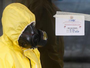 Miembros de la UME realizan labores de desinfección en una residencia