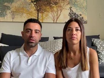 Xavi Hernández y su mujer Núria Cunillera donan un millón de euros para luchar contra el coronavirus