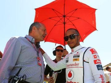 Ron Dennis y Lewis Hamilton