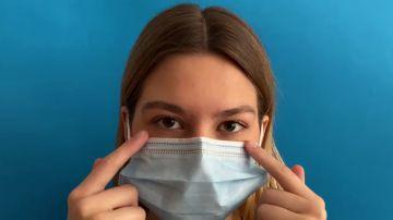Cómo quitarte mascarilla y guantes de forma segura