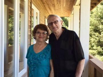 Merle y Dee Tofte murieron por coronavirus con tan solo unas horas de diferencia