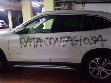 El mensaje que le han pintado a una ginecóloga de Barcelona en el coche