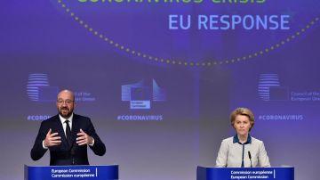 La presidenta de la Comisión Europea, Ursula von der Leyen y el presidente del Consejo, Charles Michel.