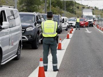 Imagen de un control policial en Madrid