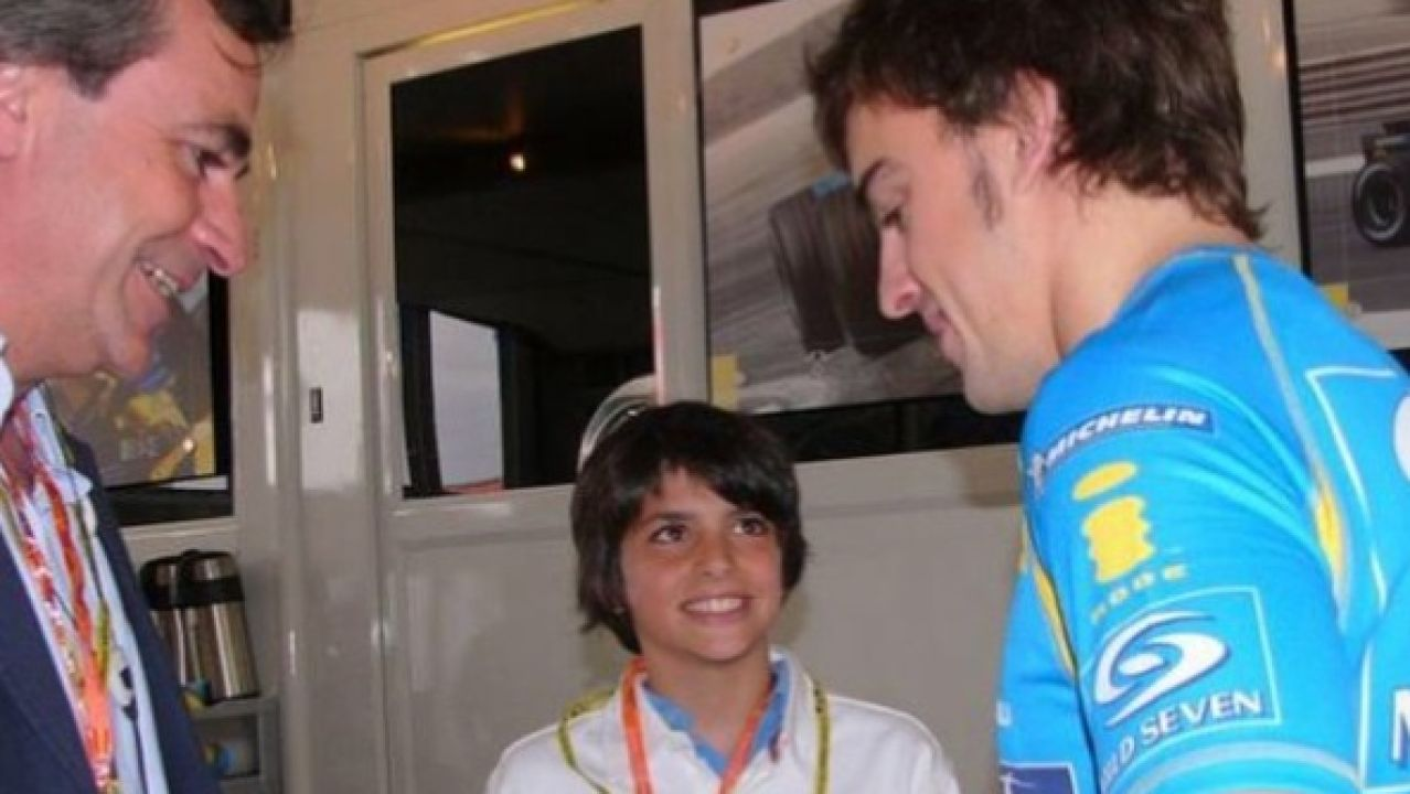 Carlos Sainz padre, Sainz Jr. y Fernando Alonso