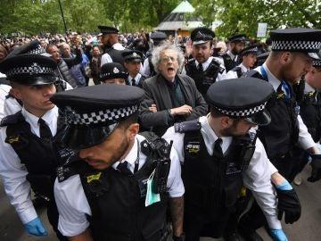 Protesta en Hyde park (Londres) en contra del confinamiento