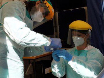 Puesto de toma de muestras de COVID-19 en el hospital Novoa Santos