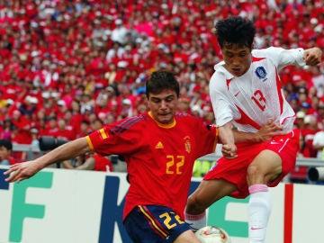 Joaquín, frente a la selección de Corea del Sur en 2002