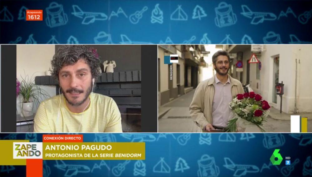"""Antonio Pagudo y las anécdotas más sorprendentes que ha vivido en Benidorm: """"Vi a dos señoras paseando con una muñeca hinchable"""""""