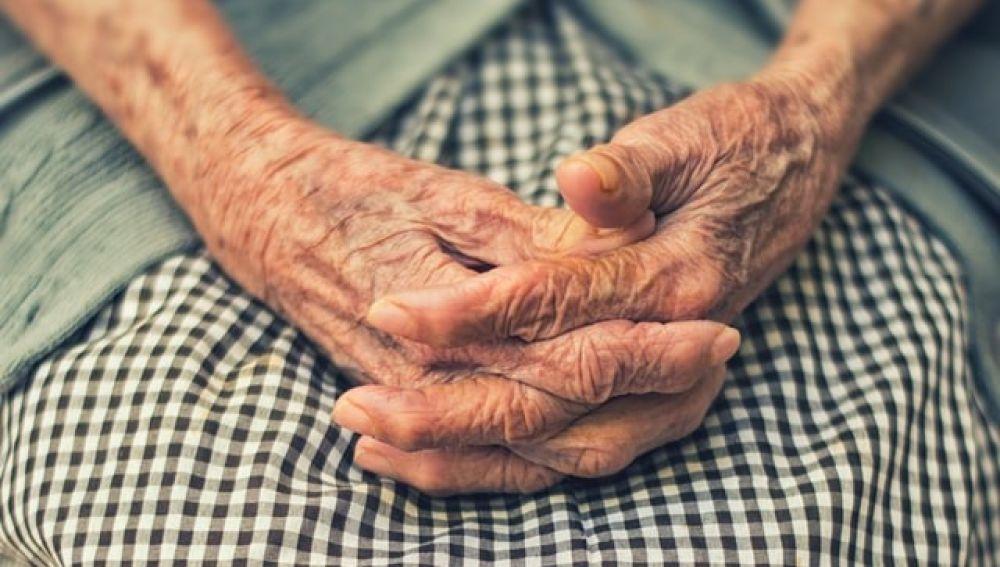 Imagen de archivo de una anciana