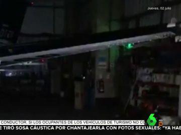Unos cazadores de fantasmas capturan una imagen espeluznante en un hangar abandonado