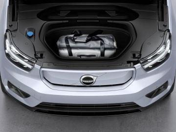 Volvo XC40 Recharge maletero frontal