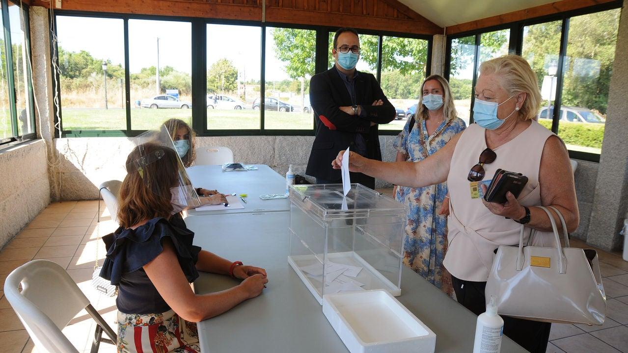 Imagen de un simulacro de las elecciones realizado en Galicia