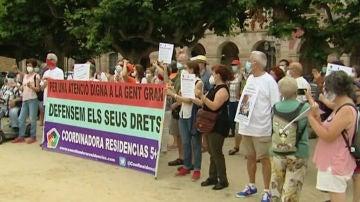 Protesta por las residencias