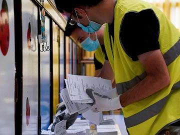 Todo preparado para las elecciones del 12-J en Euskadi y Galicia