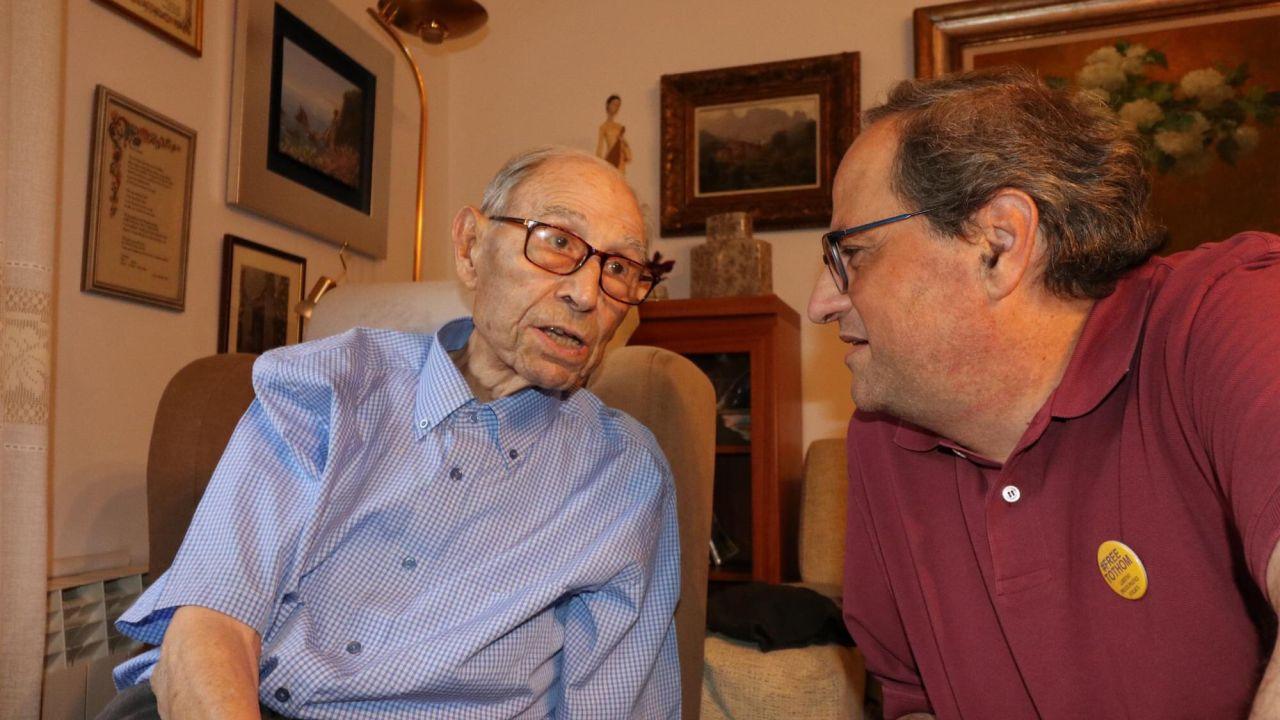 Joaquim Illas en su cumpleaños con Quim Torra