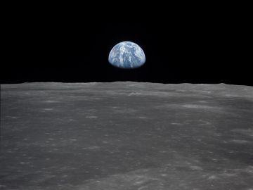 Así llegó el hombre a la Luna y así lo hará la mujer: cronología de un viaje insólito