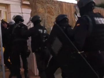 Detenidas 12 personas en una macrooperación contra 'Los Lanas', los peligrosos narcos del Guadalquivir