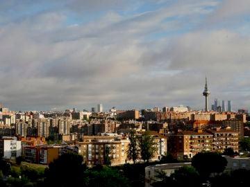 Vista del icónico Pirulí en Madrid
