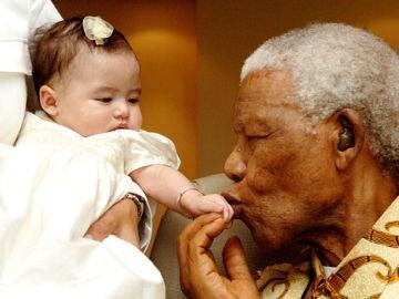 Así puedes celebrar el Día de Nelson Mandela: haciendo de tu mundo un lugar mejor