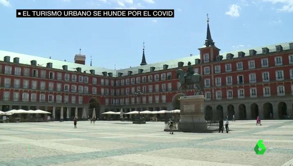 La Plaza Mayor, desierta