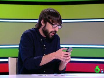 Quique Peinado reproduce en directo un audio de Whatsapp de Santi Alverú