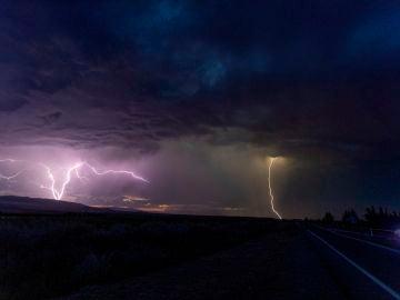 Tormenta en la autopistas AP-68, a la altura de Tudela (Navarra)