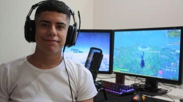 Nueve días seguidos jugando al Fornite: así ha conseguido el récord mundial un joven de 17 años