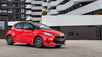 Toyota Yaris Electric Hybrid Style Premiere Edition