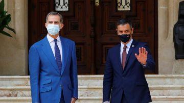 Felipe VI se reúne con Pedro Sánchez, el primer encuentro tras la salida del rey emérito Juan Carlos
