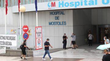 El Hospital Universitario de Móstoles ha suspendido las cirugías no prioritaria ante el creciente número de ingresos por coronavirus.