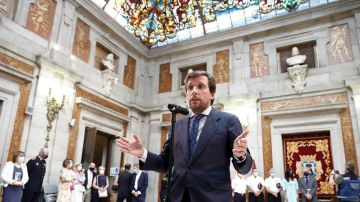 Martínez-Almeida en los actos de la festividad de la Virgen de la Paloma