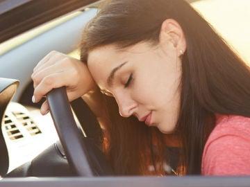 Automedicarse y conducir: ¿cómo sé si puedo circular con mi coche?