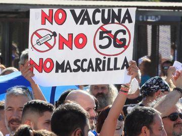 Manifestación antimascarillas en Madrid