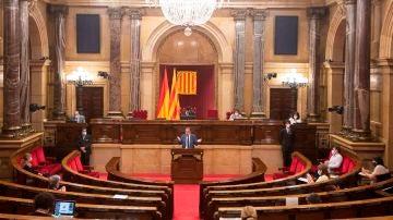 JxCat se queda solo ante su propuesta de cesar al secretario general del Parlament