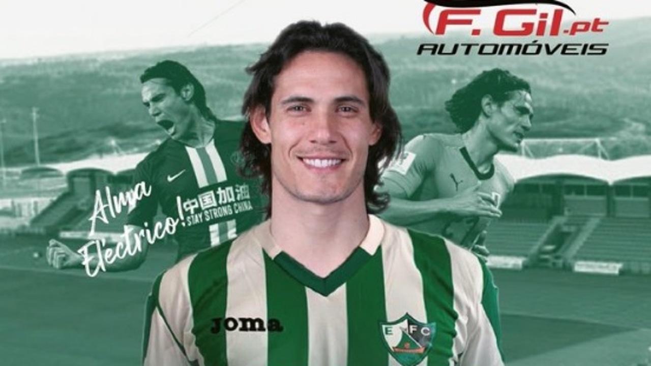 Cartel del Eléctrico FC con Cavani