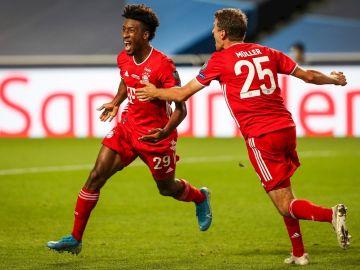 Coman celebra un gol con el Bayern