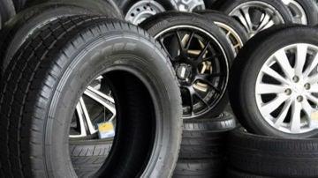 Los neumáticos son muy importantes, ya que es el único elemento del coche que tiene contacto directo con la carretera