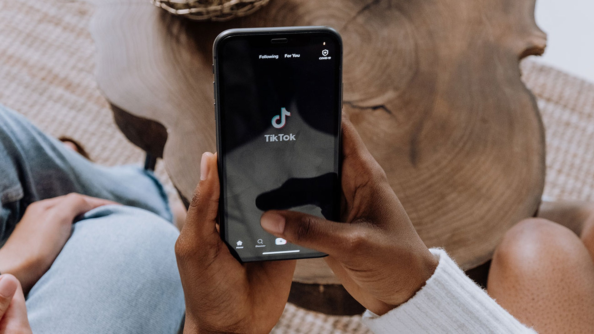 TikTok en un smartphone